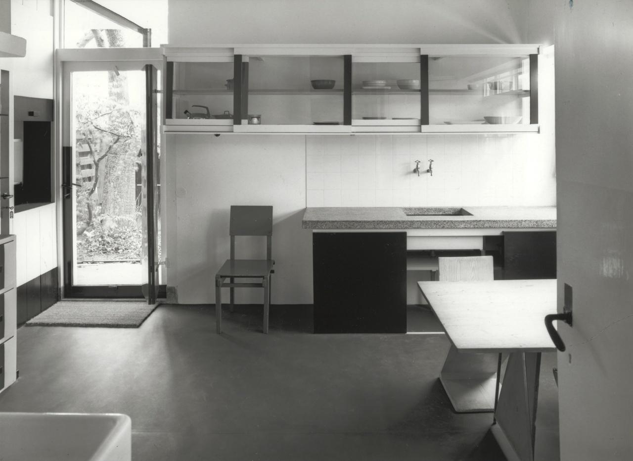 Rietveld Schröderhuis kitchen